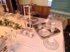 festlich gedeckter Tisch mit Porzellan, Besteck, Gläsern und Dekorationsartikeln von Villery & Boch